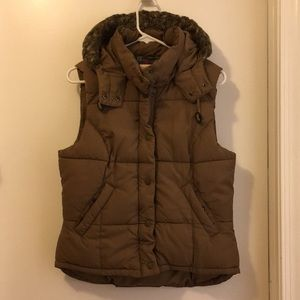 L.O.G.G. By H&M hooded puffer vest Sz L